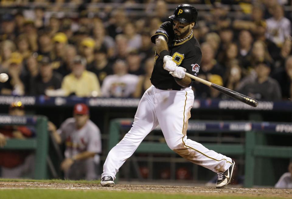 Pirates Get Past Cardinals, Take 2-1 Series Lead