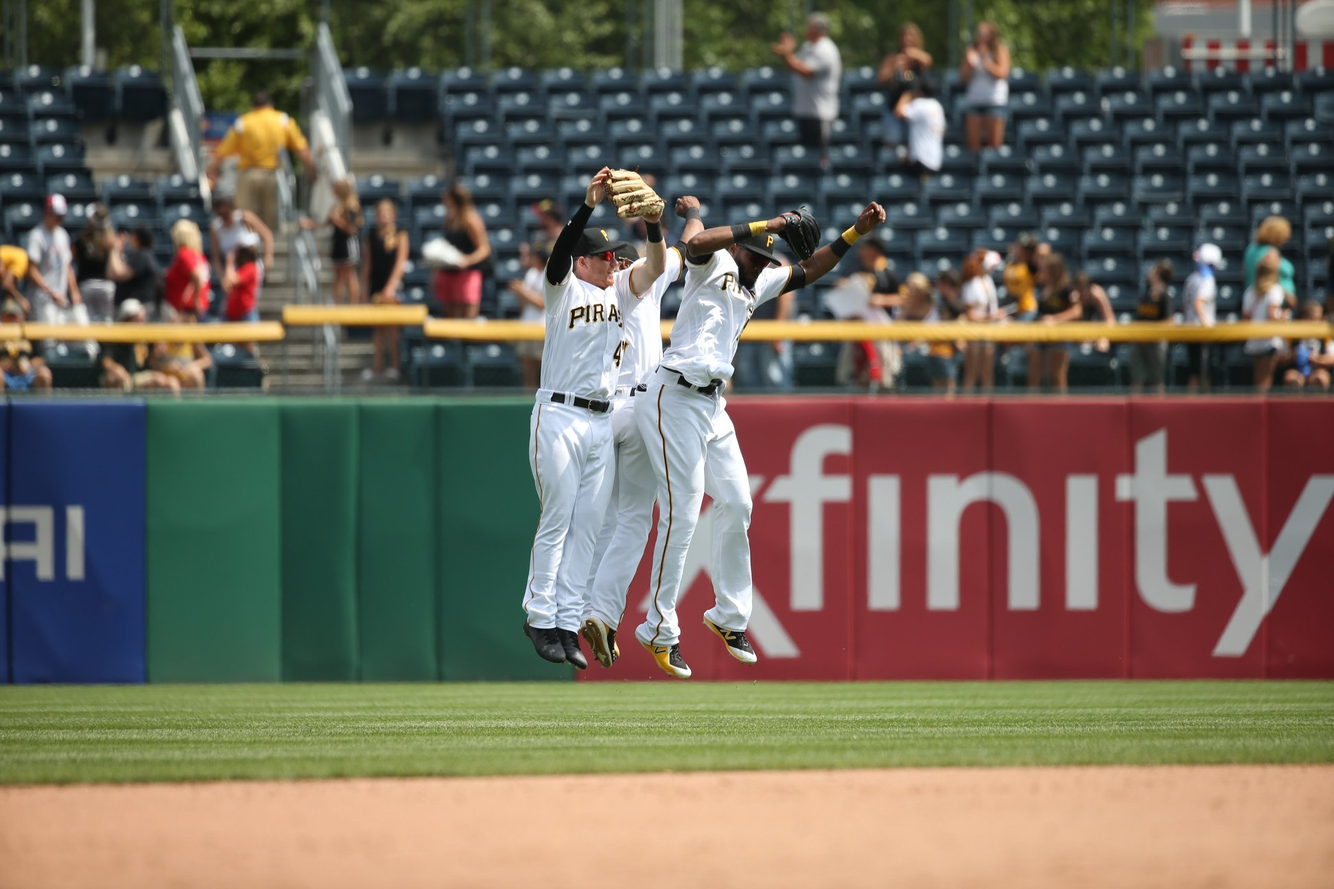 Pirates Take Series From Nationals