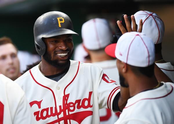 Pirates Win Third Straight, Beat Brewers 7-3