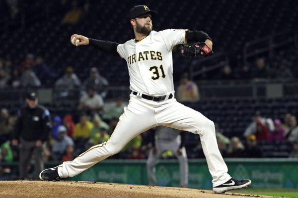 Lyles Solid In Win Over Giants