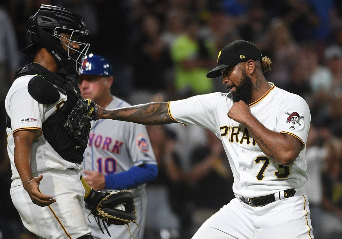 Pirates Win Series Opener With Mets