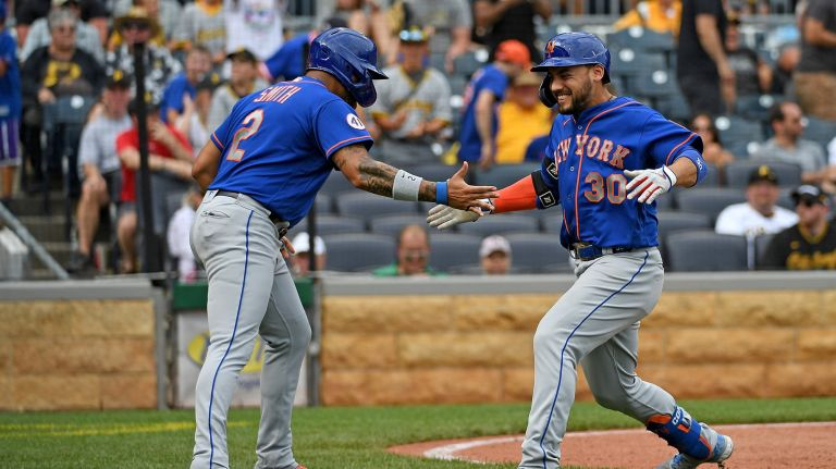 Mets Rally To Avoid Sweep