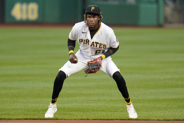 Pirates Take Series From Reds With One To Play